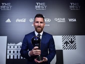 "LET'S TALK ABOUT SIX, BABY! Messi, numar record de premii ""Jucatorul anului""! Care a fost diferenta dintre el, Van Dijk si Ronaldo"