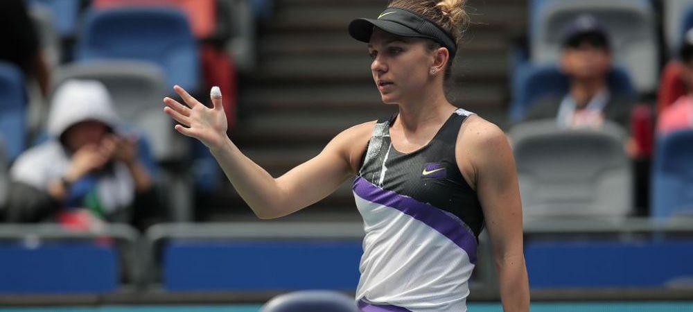Simona Halep si-a pierdut cumpatul la Beijing! A strigat din nou catre cei din tribuna in meciul cu Peterson