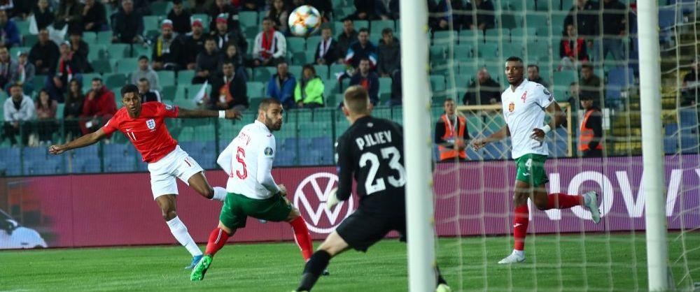 Scandari RASISTE la meciul vecinilor! Bulgaria - Anglia a fost intrerupt pentru cateva momente din cauza fanilor bulgari. Meciul in pericol sa fie suspendat
