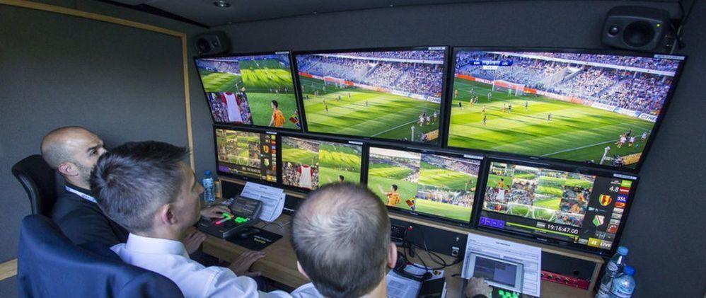 """VAR in Liga 1! """"Asteptam furnizorul de tehnologie."""" Presedintele FRF a lamurit situatia implementarii sistemului de arbitraj video in Romania"""