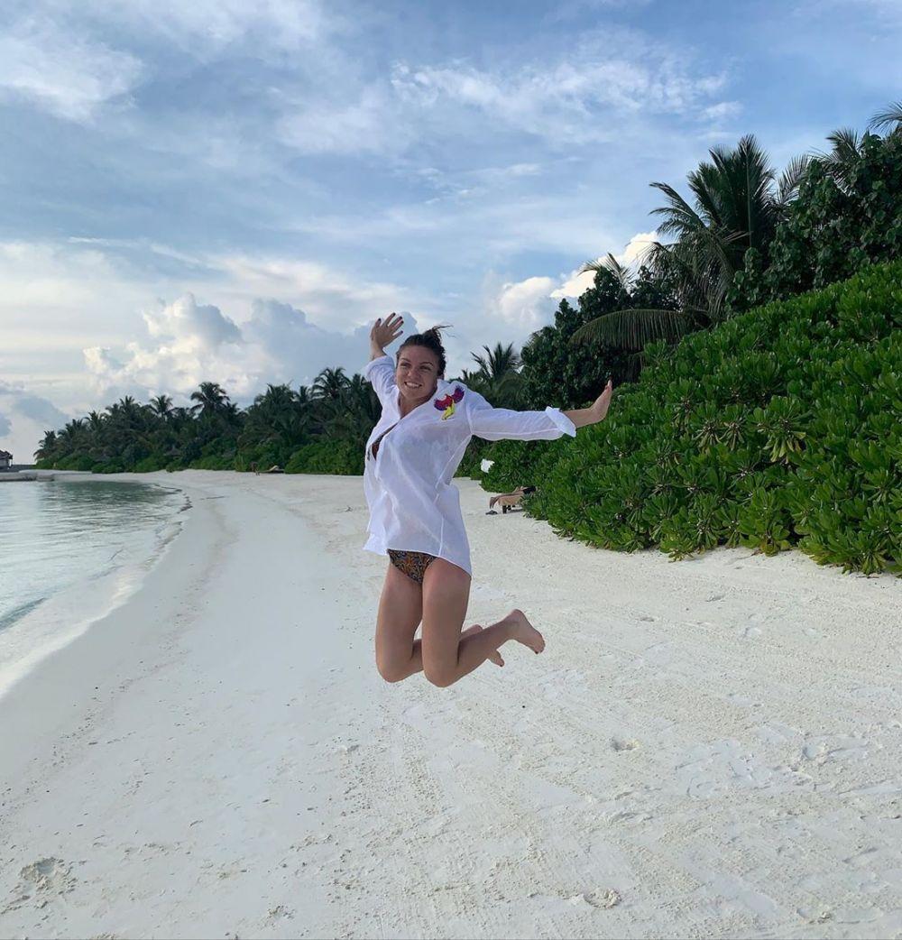 Simona Halep, fotografii de vis din vacanta! Romanca a fugit la plaja dupa Turneul Campioanelor! Mesaj special pe Instagram | GALERIE FOTO