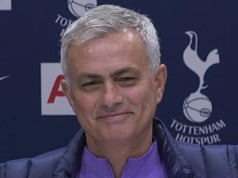 """Mourinho, prima conferinta de presa de la revenire: """"Nu voi mai face aceleasi greseli. Voi face altele noi!"""" :) Antrenorul, in fata primului meci pe banca la Tottenham"""