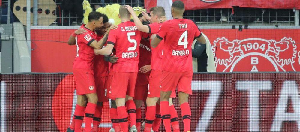 Poate fi autogolul sezonului in Champions League! Cum s-au facut de ras doi jucatori de la Lokomotiv Moscova in meciul cu Bayer Leverkusen! VIDEO