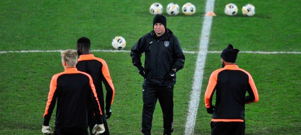 Conditia ca Dan Petrescu sa fie lasat sa plece gratis de la CFR Cluj, desi are clauza de reziliere de 5 milioane de euro