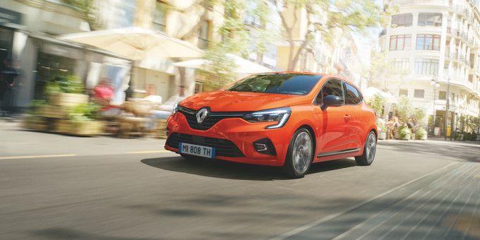 Ghiceste invingatorul din sezonul 9 Vocea Romaniei si castiga un Renault CLIO
