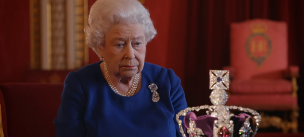 """Saraca"" Regina! Cat costa coroana Reginei Marii Britanii. A fost estimata pentru prima data in istorie"