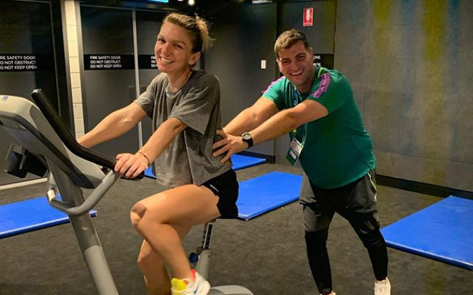 Simona Halep bicicleta Toni Iuruc antrenament Australian Open