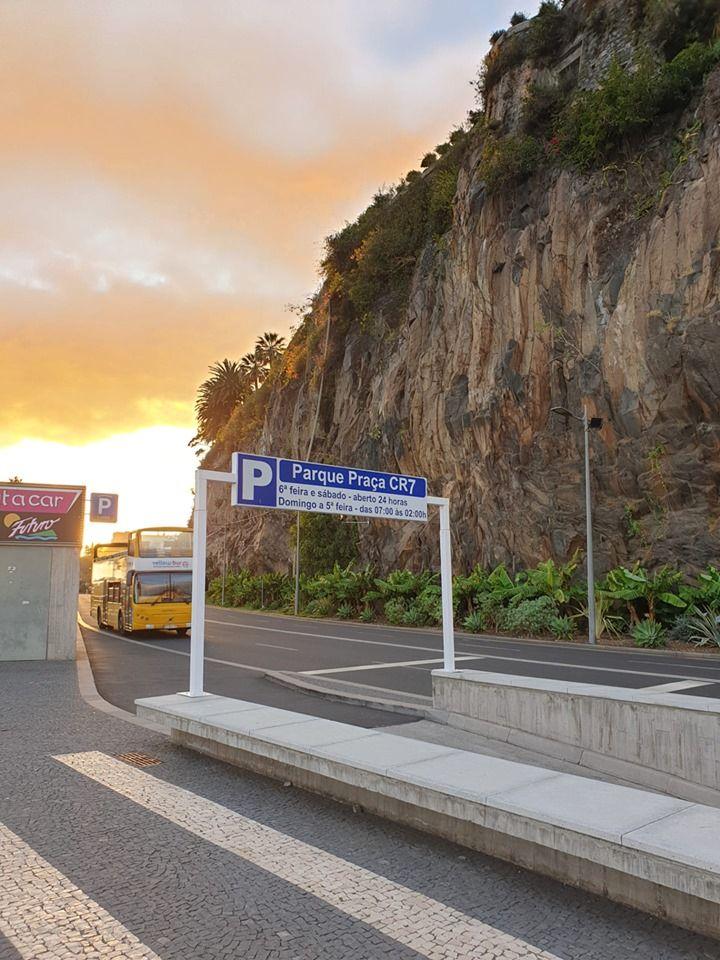 Toate drumurile duc la Ronaldo! In orasul natal al portughezului totul ii poarta numele: de la parcari si pana la hoteluri! FOTO din Madeira