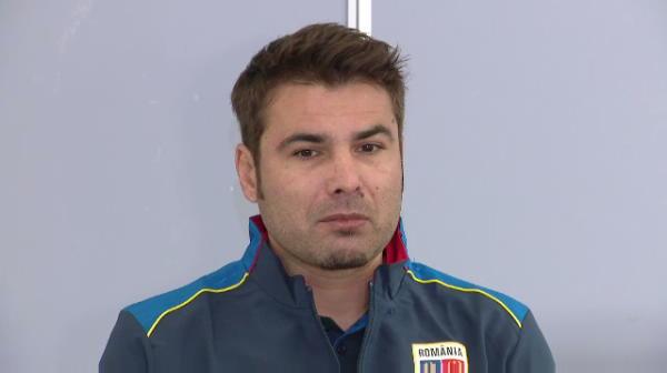 """Adrian Mutu ii RASPUNDE lui Mircea Lucescu: """"Acum ce sunt? Nu sunt antrenor?"""" Ce spune despre CRITICILE primite"""