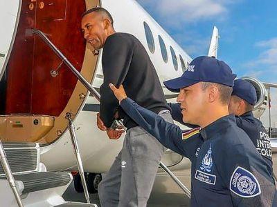 Starul din Premier League cunoscut de TOATA PLANETA a fost extradat in SUA dupa ce a traficat DOUA TONE de cocaina! A jucat inclusiv cu Messi!