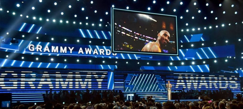 Kobe Bryant a fost OMAGIAT in locul in care a facut cele mai spectaculoase meciuri ale carierei! Vedetele de la Grammy i-au adus un tribut legendei NBA