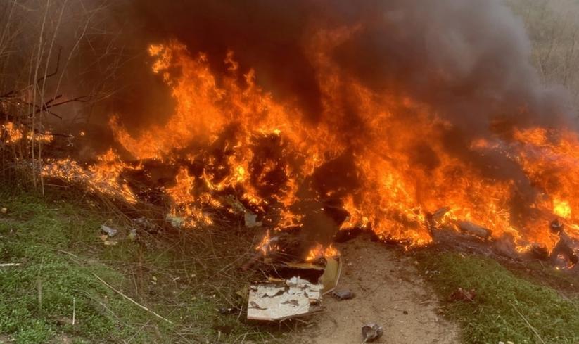 BREAKING NEWS: Au aparut pozele cu focul DEVASTATOR de dupa prabusirea elicopterului! Atentie, imagini SOCANTE! Ce s-a intamplat cu aparatul de zbor