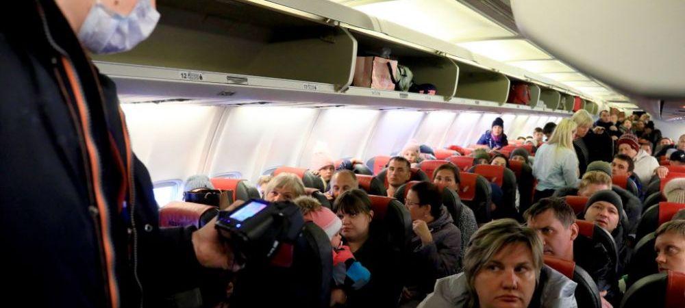 PANICA TOTALA! Baschetbalistii bielorusi veniti la Cluj au fost tinuti in avion 3 ore din cauza unei suspiciuni de infectie cu coronavirus