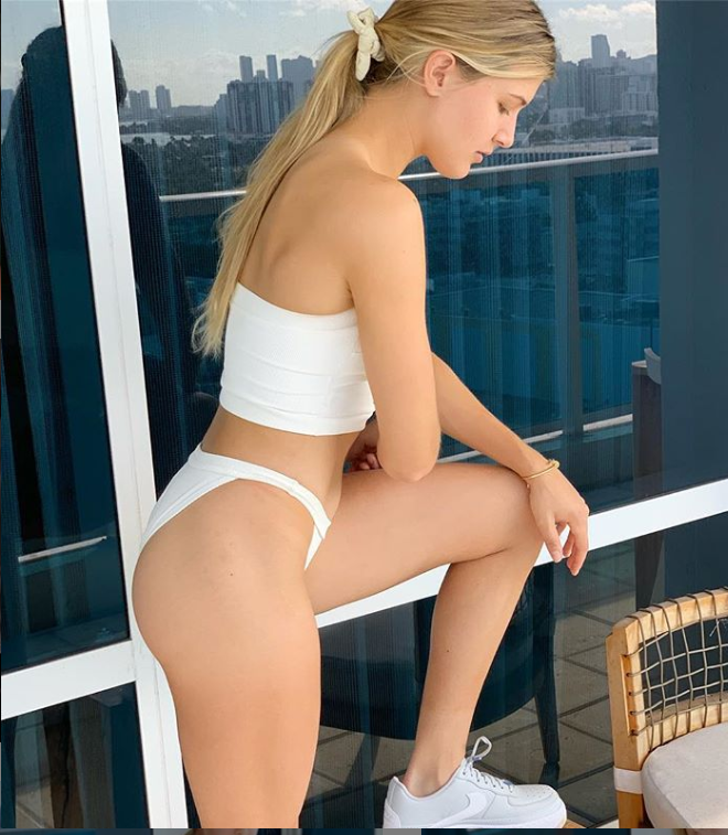 Eugenie Bouchard sexy