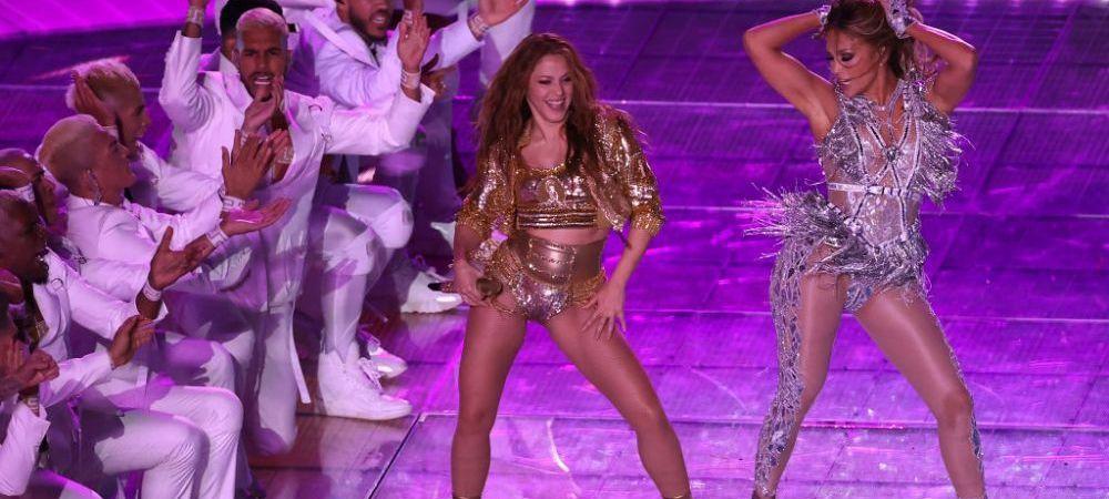 Un barbat da NFL in judecata dupa show-ul facut de Shakira si Jennifer Lopez la Super Bowl! Cere despagubiri de aproape 1 MILIARD de euro! Ce l-a scos din minti