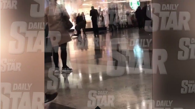 Atentie, IMAGINI SOCANTE! Alerta de coronavirus in centrul Londrei! Un barbat s-a prabusit in mall si autoritatile au intrat in panica