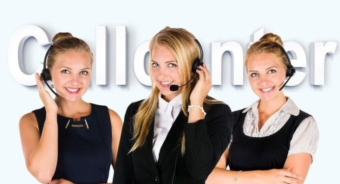 Cum poti castiga peste 4.000 de lei pe luna lucrand in call center. Detaliul care face diferenta