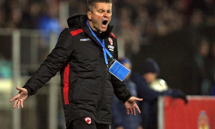 """""""Dinamo e o echipa mare doar din punct de vedere al galeriei!"""" Dusan Uhrin, NEGRU de suparare dupa infrangere! Ce spune antrenorul"""