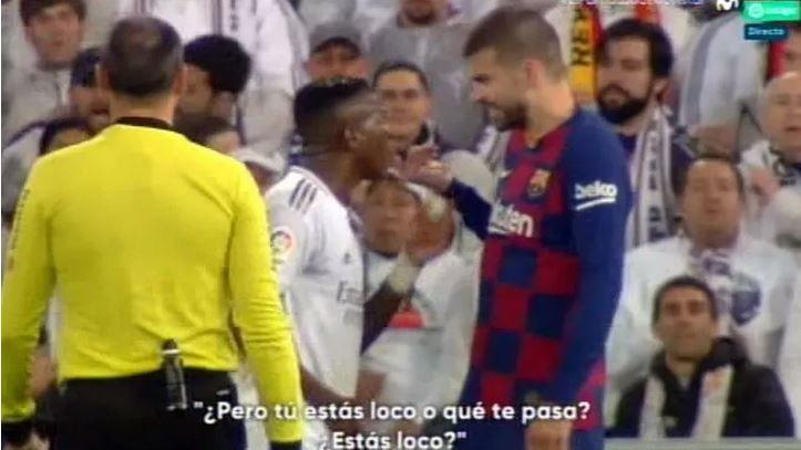 """""""Esti nebun, ce ai?!"""" Disputa APRINSA intre Pique si Vinicius in timpul meciului! Ce l-a infuriat pe fundasul Barcelonei"""