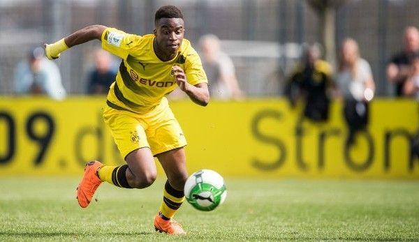 Haaland e deja batran. Noua senzatie a lui Dortmund are doar 15 ani!
