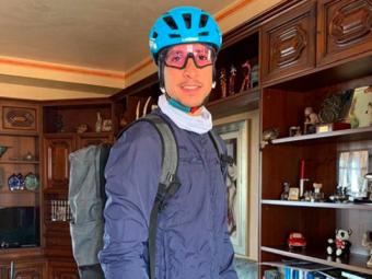 """Gestul de MILIOANE al ciclistului Davide Martinelli! Livreaza medicamente pe bicicleta in una din cele mai lovite zone de Covid-19 a Italiei: """"A fi util pentru altii nu are pret!"""""""