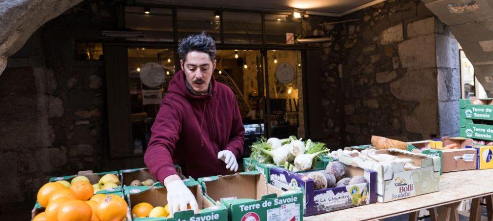 Expertii de la Organizatia Mondiala a Sanatatii fac recomandari privind alimentatia in aceasta perioada: ce trebuie sa mancam in timpul pandemiei