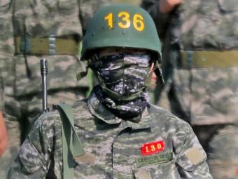 Noi imagini cu Son inarmat si imbracat in haine de camuflaj! Cum se pregateste starul lui Tottenham in armata