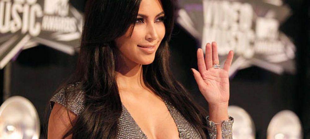 Ca in Vestul Salbatic! Kim Kardashian, asa cum n-ai vazut-o niciodata. Pozele fac inconjurul lumii