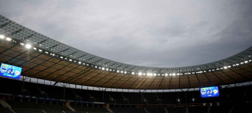 Imaginea ZILEI in Bundesliga! Cum s-a tinut momentul de reculegere din derby-ul Berlinului pentru victimele coronavirusului din intreaga lume