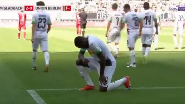 Fotbalul RESPIRA pentru George Floyd! Gest emotionant in Bundesliga: a inscris si i-a dedicat golul barbatului ucis de politia din Minneapolis   VIDEO