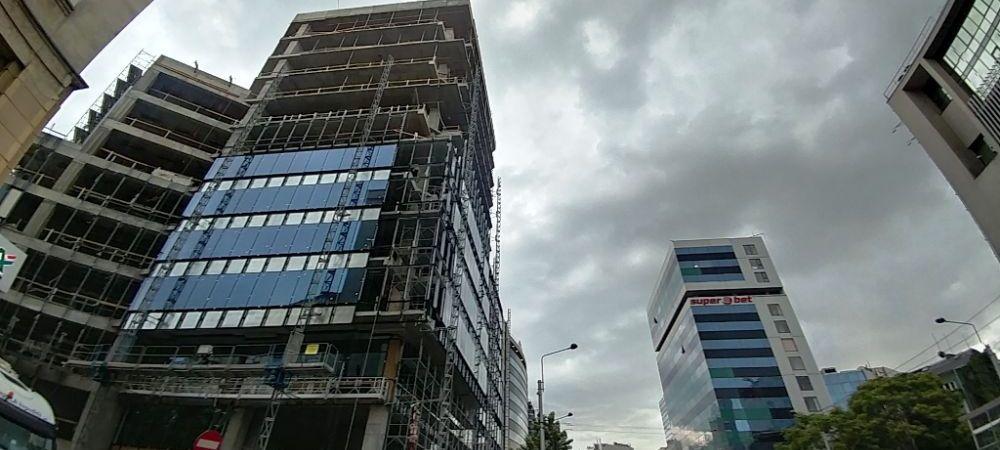 Super-cladirea lui Ion Tiriac de langa sediul Guvernului este aproape finalizata!
