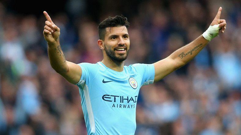 """""""El profesor"""" Aguero! Cu ce isi umple timpul starul lui Manchester City intre antrenamente"""