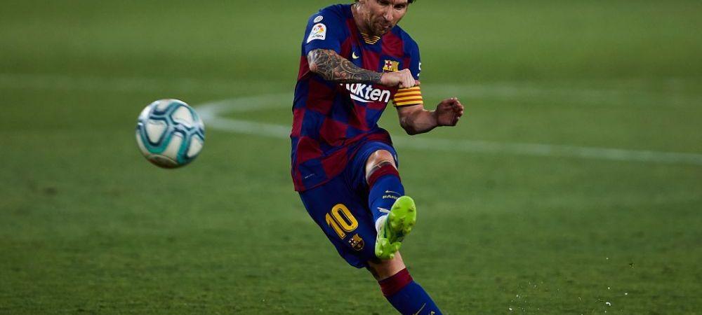 """Singurul mod in care il poti """"opri"""" pe Leo Messi! Imaginea zilei vine din Spania! Cum a aratat zidul Sevillei la o lovitura libera"""