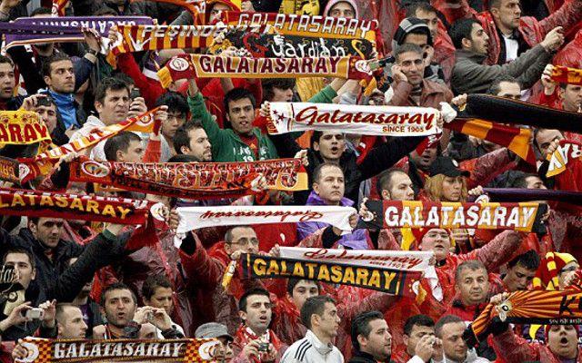 L-au adus pe Kobe Bryant pe stadion! Idee MINUNATA a lui Galatasaray! Omagiu emotionant pentru superstarul NBA