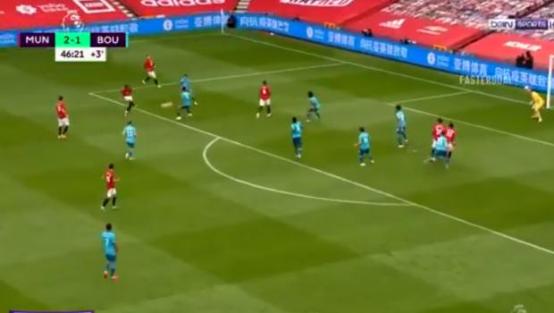 OOOOOO, CUM S-O DAI ASAAAA?! Martial, gol de MARTIAN pentru United! Ce gol extraterestru a dat