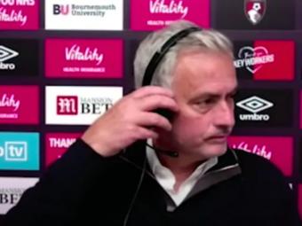 Reactia SCANDALOASA a lui Mourinho dupa meci! S-a asezat pe scaun, dar a plecat IMEDIAT de la conferinta! Ce s-a intamplat