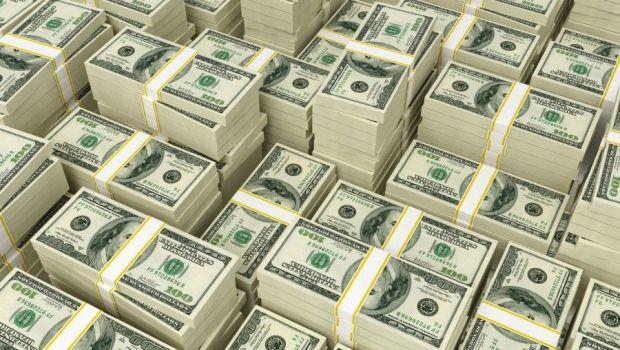 Caz INCREDIBIL! Un roman a obtinut 722 de milioane de dolari dupa ce a pacalit mai multi oameni de afaceri sa investeasca in BITCOIN