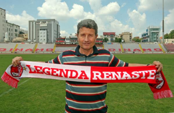 PLEACA Multescu de la Dinamo?! Decizia care ARUNCA clubul in AER: ce l-a convins pe antrenor sa se razgandeasca dupa doar 2 ZILE