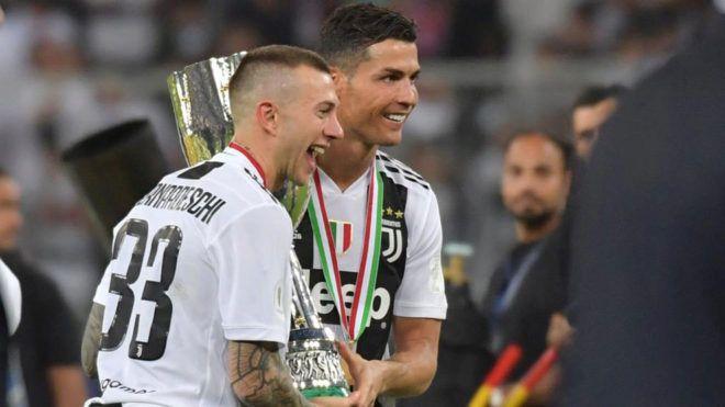 Juventus 2-0 Sampdoria!Cristiano Ronaldo, din nou campion! Al noualea trofeu la rand in Serie A pentru Juventus! Sarbatoare la Torino!