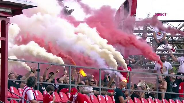 FOTO ULUITOR! | Revolutia 'ULTRASILOR' in Liga 2! Dupa fanii aradeni, si suporterii lui Turris isi fac de cap la meciuri