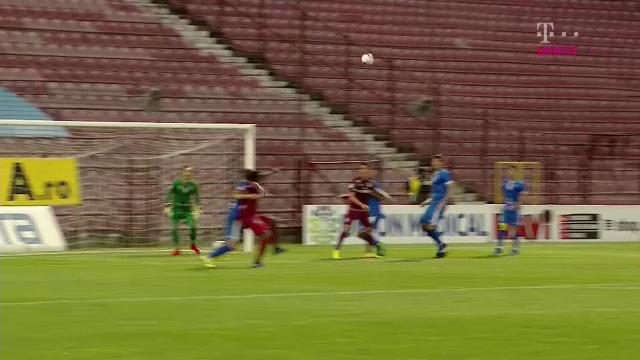 Penalty dupa o atingere de PUF a lui Harut la Pereira sau pentru hent? Ce s-a intamplat la faza din care Avram a dat 11 metri