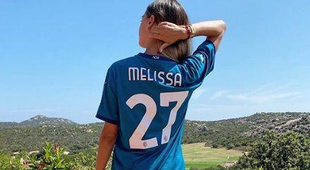 """""""Transfer"""" de SENZATIE la AC Milan! Sex-simbolul care a intrat in PIELEA """"diavolilor"""". E sotia unui fotbalist celebru"""