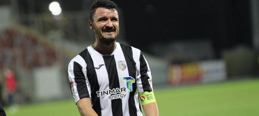 """Pleaca sau nu Budescu la Dinamo?""""Pentru el, placerea fotbalului e la Astra!"""""""