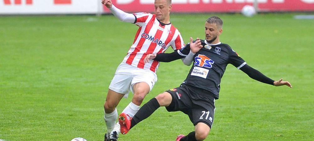 Prima MARE LOVITURA data de spaniolii de la Dinamo! Janusz Gol vine sa ii ajute pe 'caini' in lupta la titlu! Polonezul a semnat