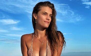 "Super-modelul Nina Agdal si-a scos ""CHIFLELE"" la bronzat. ""Singure n-o sa se coaca niciodata!"" A devenit vedeta in Sports Illustrated"