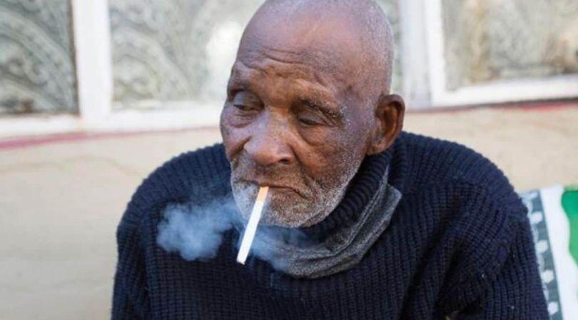Cel mai batran om din lume a murit! A intrat in depresie pentru ca nu si-a mai putut cumpara TIGARI: e incredibil ce varsta avea