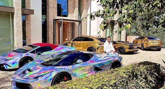 Toate MASINILE DE LUX nu i-au incaput intr-o singura poza! Milionarul din fotbal care si-a expus parcul auto de MILIOANE DE EURO
