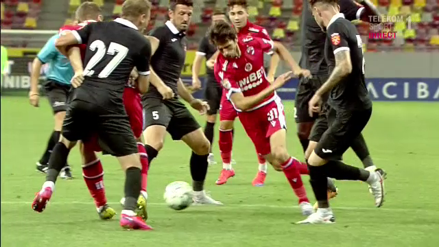 Penalty REFUZAT pentru Dinamo, desi Kovacs era la doar cativa metri de faza! Craciunescu: