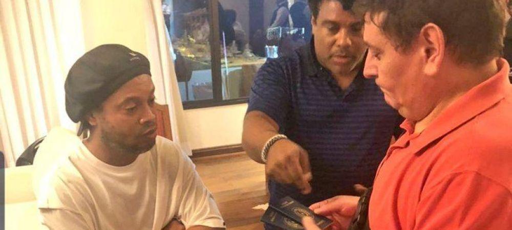 Ronaldinho va fi ELIBERAT din Paraguay dupa 6 luni! Fostul 'Balon de Aur' a fost retinut pentru folosirea de acte false!