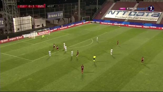 Gol INCREDIBIL marcat de CFR cu Dinamo Zagreb! Portarul Livakovic, gafa COLOSALA dupa sutul lui Pereira! Decizie surpriza a lui Petrescu: l-a schimbat imediat pe marcator